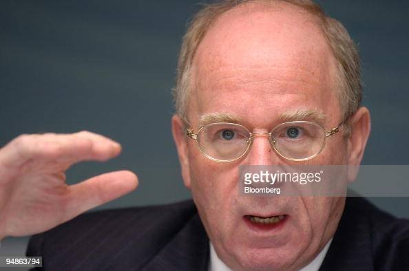 ... <b>Hans Reich</b> chief executive of Germany's stateowned KfW Group speaks in ... - hans-reich-chief-executive-of-germanys-stateowned-kfw-group-speaks-in-picture-id94863794?s=594x594