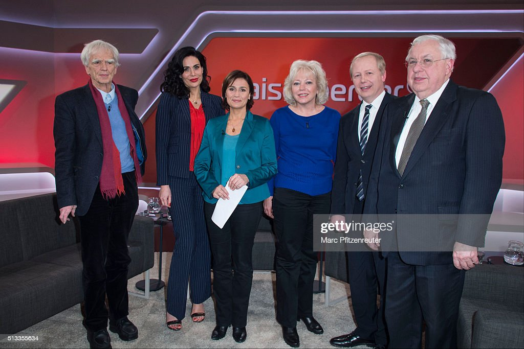 Hans-Christian Stroebele, Nadja Atwal, <a gi-track='captionPersonalityLinkClicked' href=/galleries/search?phrase=Sandra+Maischberger&family=editorial&specificpeople=636054 ng-click='$event.stopPropagation()'>Sandra Maischberger</a>, <a gi-track='captionPersonalityLinkClicked' href=/galleries/search?phrase=Debra+Milke&family=editorial&specificpeople=14227559 ng-click='$event.stopPropagation()'>Debra Milke</a>, Tom Buhrow and John Kornblum attend the 'Menschen bei Maischberger' TV Show at the WDR Studio on March 2, 2016 in Cologne, Germany.