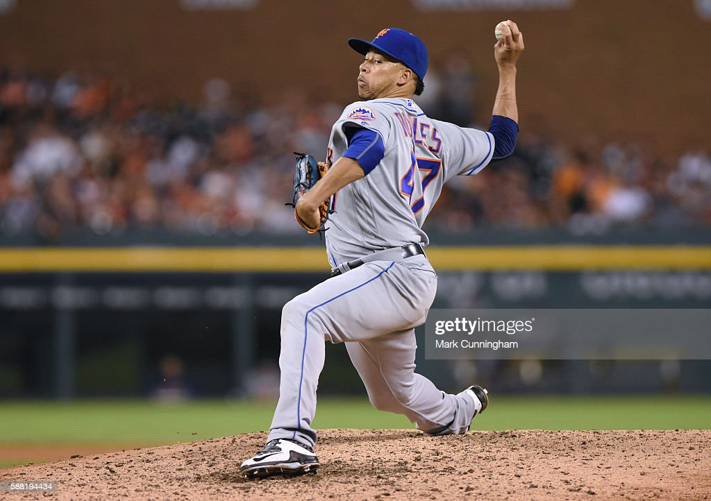 Hansel Robles of the New York Mets pitches during the game against the Detroit Tigers at Comerica Park on August 6 2016 in Detroit Michigan The...