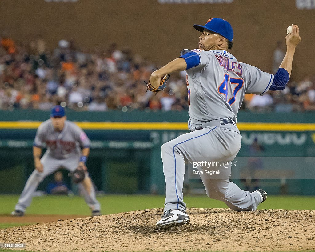 Hansel Robles of the New York Mets pitches in the eighth inning during a MLB game against the Detroit Tigers at Comerica Park on August 6 2016 in...