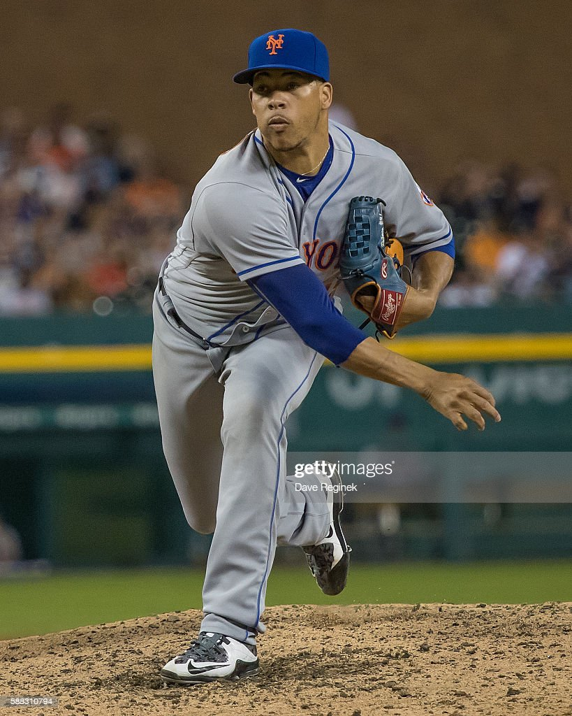 Hansel Robles of the New York Mets pitches in the seventh inning during a MLB game against the Detroit Tigers at Comerica Park on August 6 2016 in...