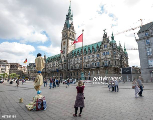 Hansestadt Hamburg the photo shows the town hall in the center of the city
