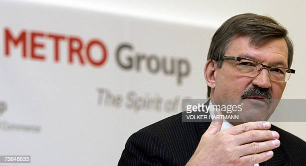 HansJoachim Koerber chairman of the German retail and distribution giant Metro gestures as he gives a press conference 21 March 2007 in Duesseldorf...