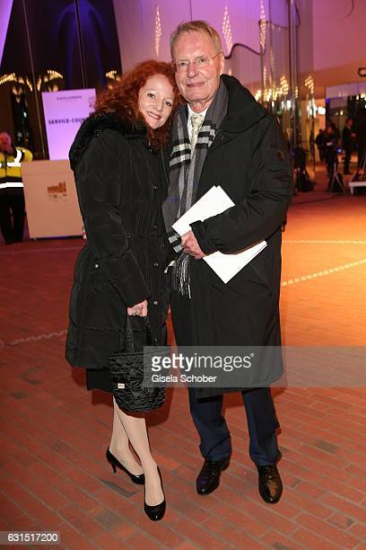 HansOlaf Henkel and his wife Bettina Henkel during the opening concert of the Elbphilharmonie concert hall on January 11 2017 in Hamburg Germany