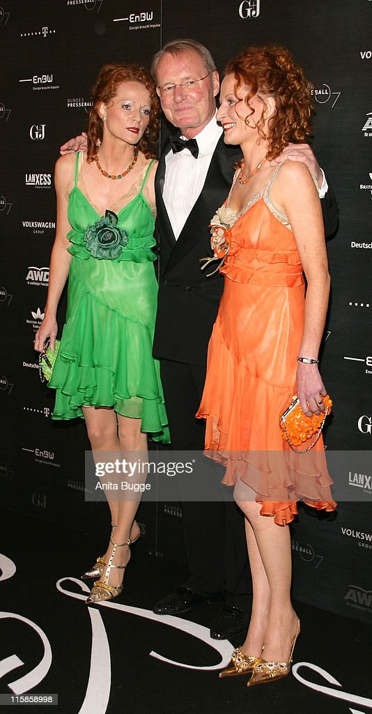 HansOlaf Henkel his wife Bettina Hannover and her twin sister Almut Hannover attend the Bundespresseball attend the annual German media ball...