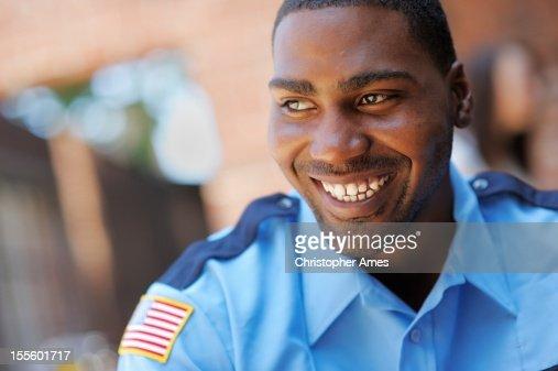 ハッピーなアメリカの警備オフィサー