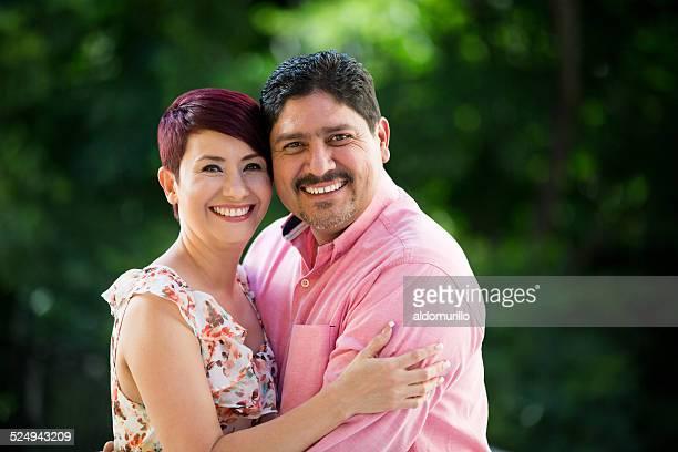 Feliz Casal Amoroso e