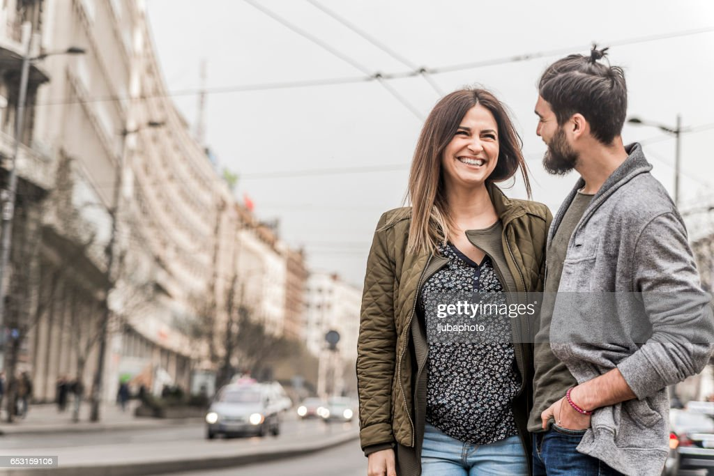 Happy Couple In A City : Stock-Foto