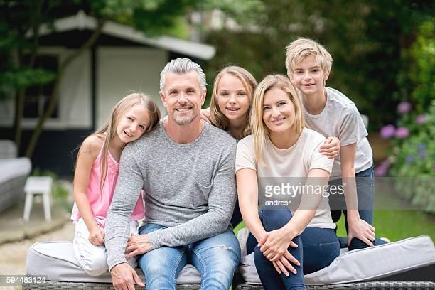 Heureux portrait de famille