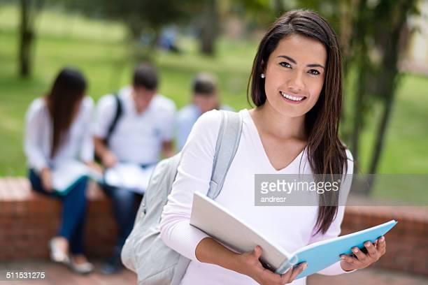 ハッピーな女性の学生