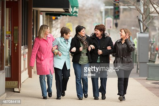 Happy friends hanging out together : Stock Photo
