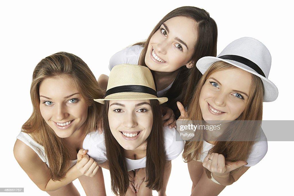 Feliz grupo de amigos divirtiéndose : Foto de stock