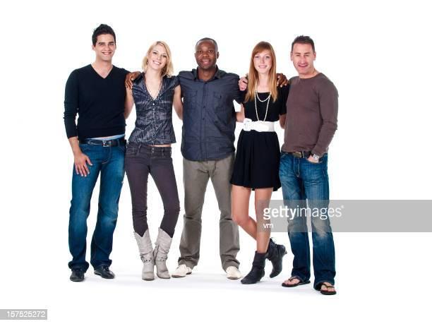 Glückliche Gruppe von jungen Erwachsenen
