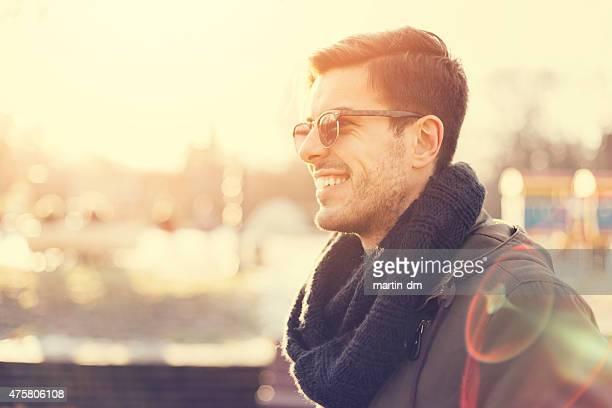 Feliz guy