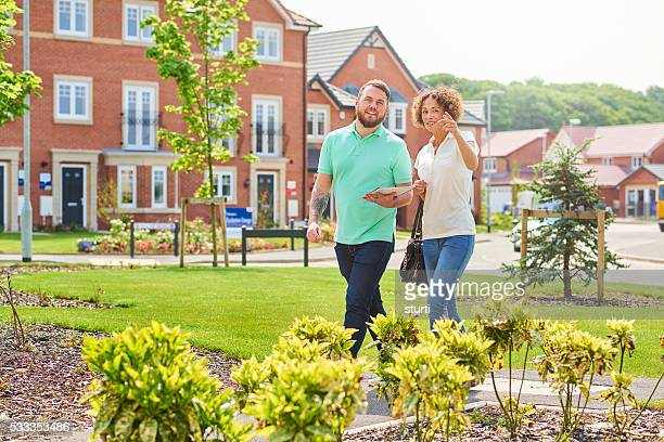 happy house hunter couple