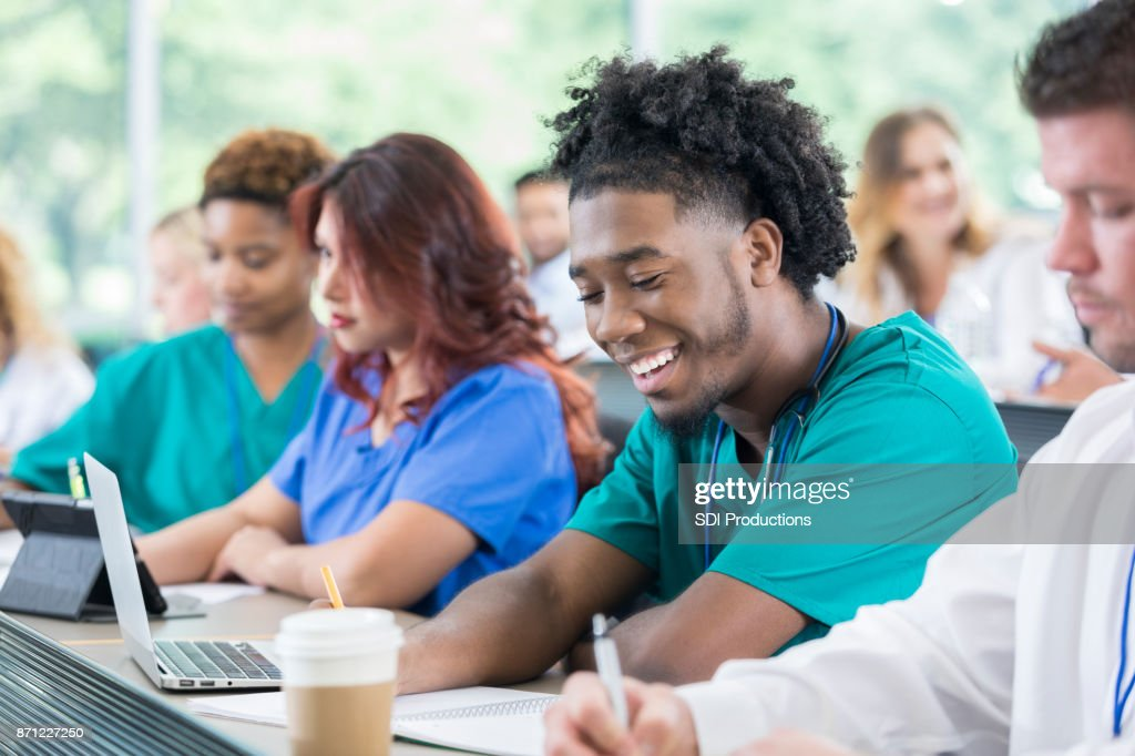 male nursing student experience Exploring male nurses experience in nursing education and entry into practice: a phenomenological study of the male nurse's student experience and.