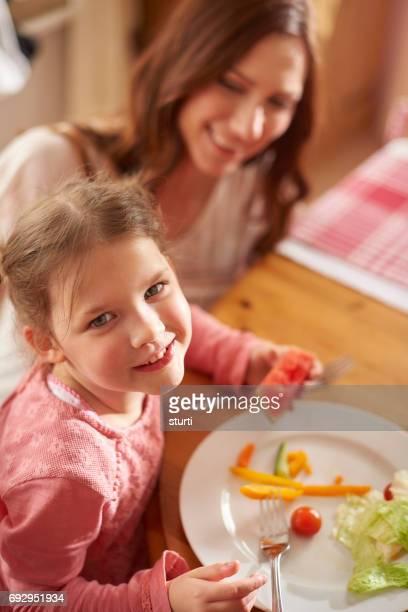 glückliche Mahlzeit