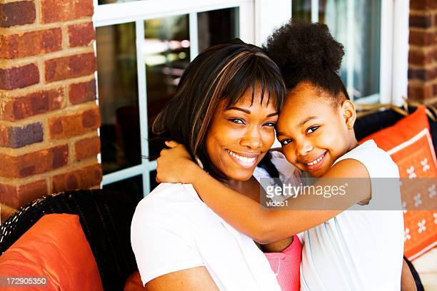 Heureuse mère et fille