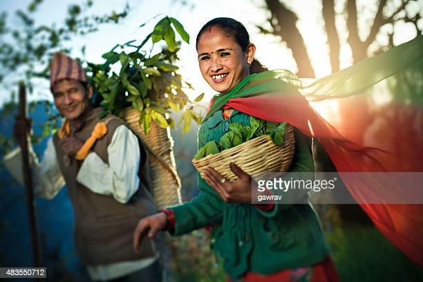 ネパールペザント徒歩でになって、ご自宅での毎日のニーズにお応えいたします。