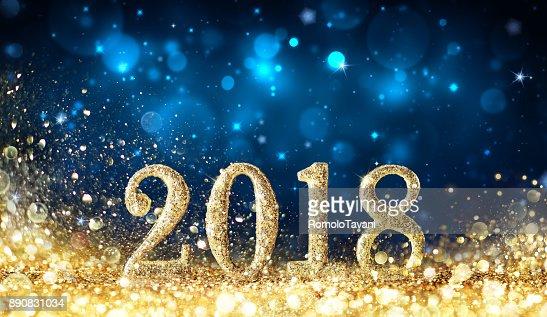 Feliz año nuevo 2018 - brillar con polvo de oro : Foto de stock