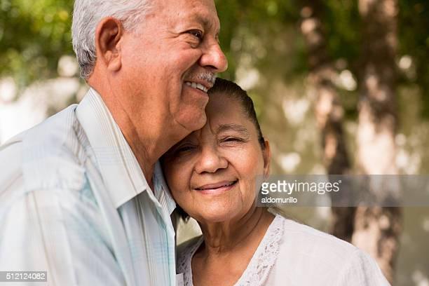 Glückliche ehemaliger Paar