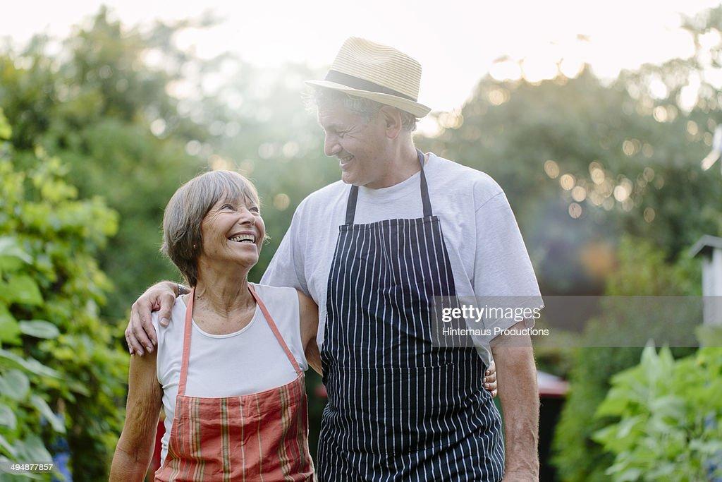 Happy Senior Couple In Garden : Stock Photo