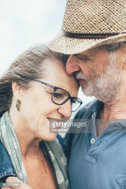 Heureux couple âgé
