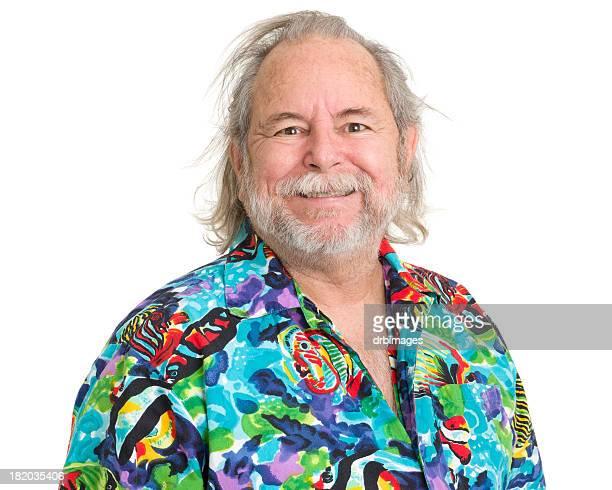 Glücklich Älterer Mann im tropischen Hawaiian Shirt