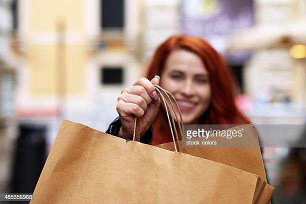 happy shopping day