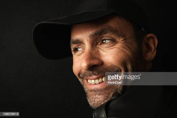 Glücklich lächelnd Mann