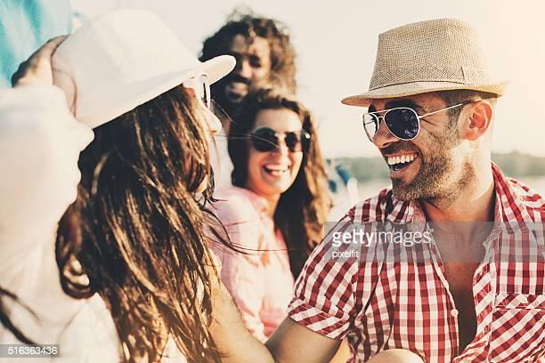 Glücklich Sommer-Paare