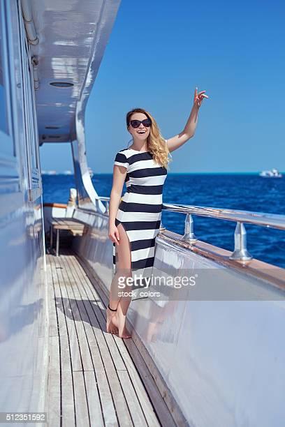 Heureux vacances sur un Yacht
