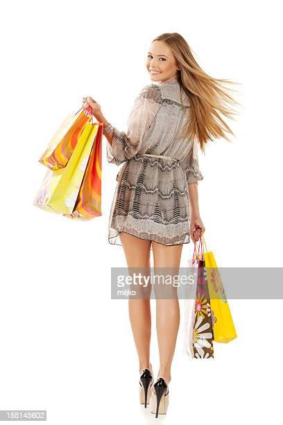 Felice donna nel shopping