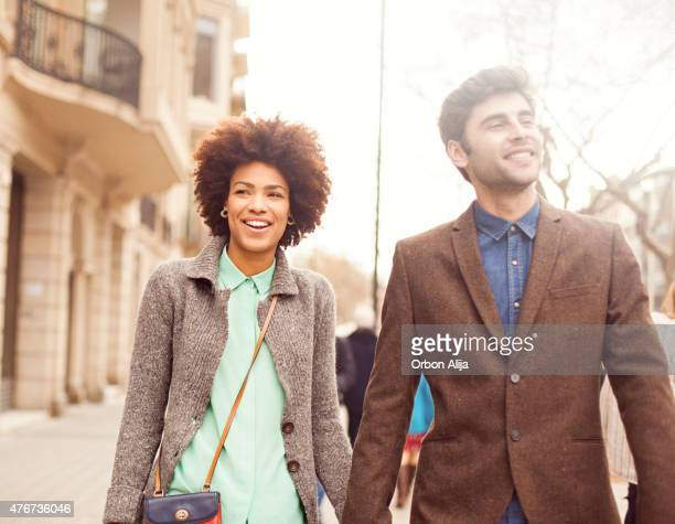Glückliches junges Paar in Barcelona