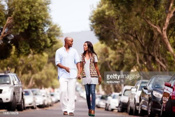 Heureux jeune couple Xhosa sud-africaine amoureux