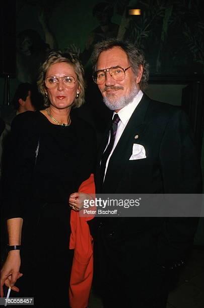 Harald Leipnitz Lebensgefährtin IngridWeis ARDGala zum 85 Geburtstag vonJ o h a n n e s H e e s t e r s GärtnerPlatzTheaterMünchen Brille