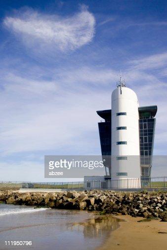 港の管理棟であったアバディーン、スコットランド