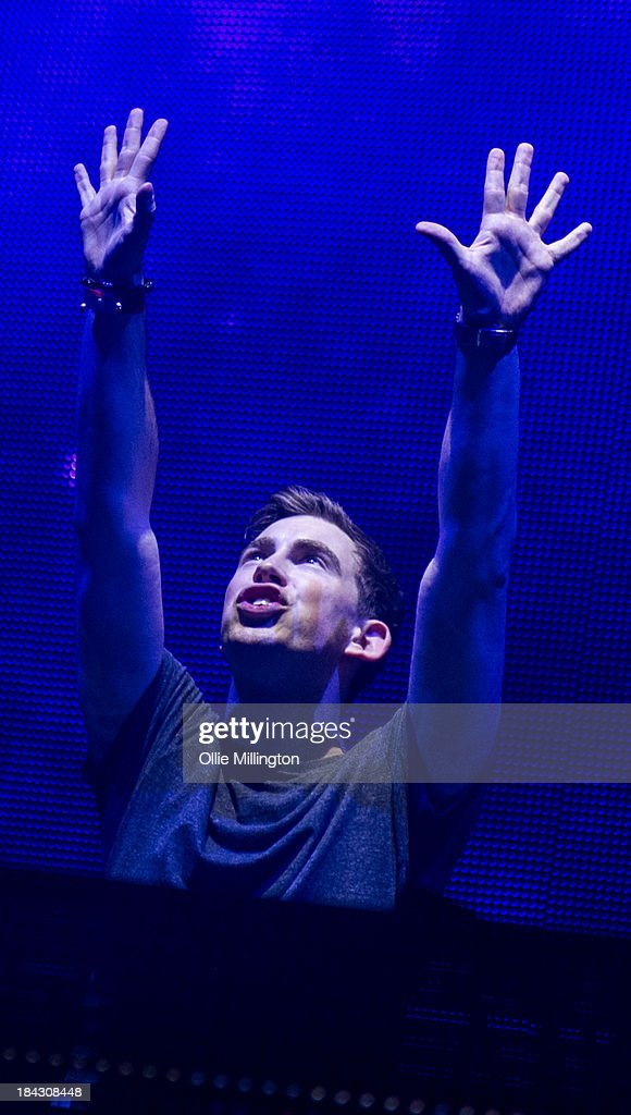<a gi-track='captionPersonalityLinkClicked' href=/galleries/search?phrase=Hardwell&family=editorial&specificpeople=7845620 ng-click='$event.stopPropagation()'>Hardwell</a> performs during a date of the I Am <a gi-track='captionPersonalityLinkClicked' href=/galleries/search?phrase=Hardwell&family=editorial&specificpeople=7845620 ng-click='$event.stopPropagation()'>Hardwell</a> tour on stage at Brixton Academy on October 12, 2013 in London, England.