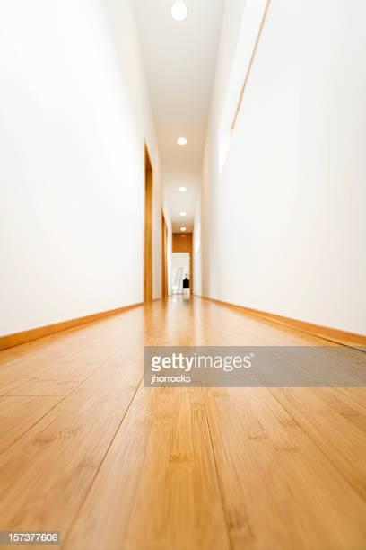 Hartholz-Korridor