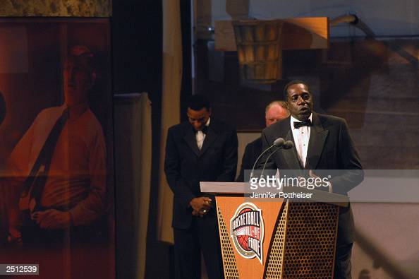 Harlem Globetrotter 'Clown Prince' Meadowlark Lemon speaks at the Basketball Hall of Fame Enshrinement Ceremony on September 5 2003 in Springfield...