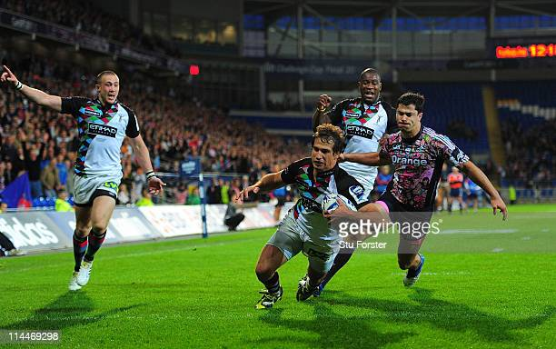 Harlequins wing Gonzalo Camacho scores the try during the Amlin Cup Final between Harlequins and Stade Francais at Cardiff City Stadium on May 20...