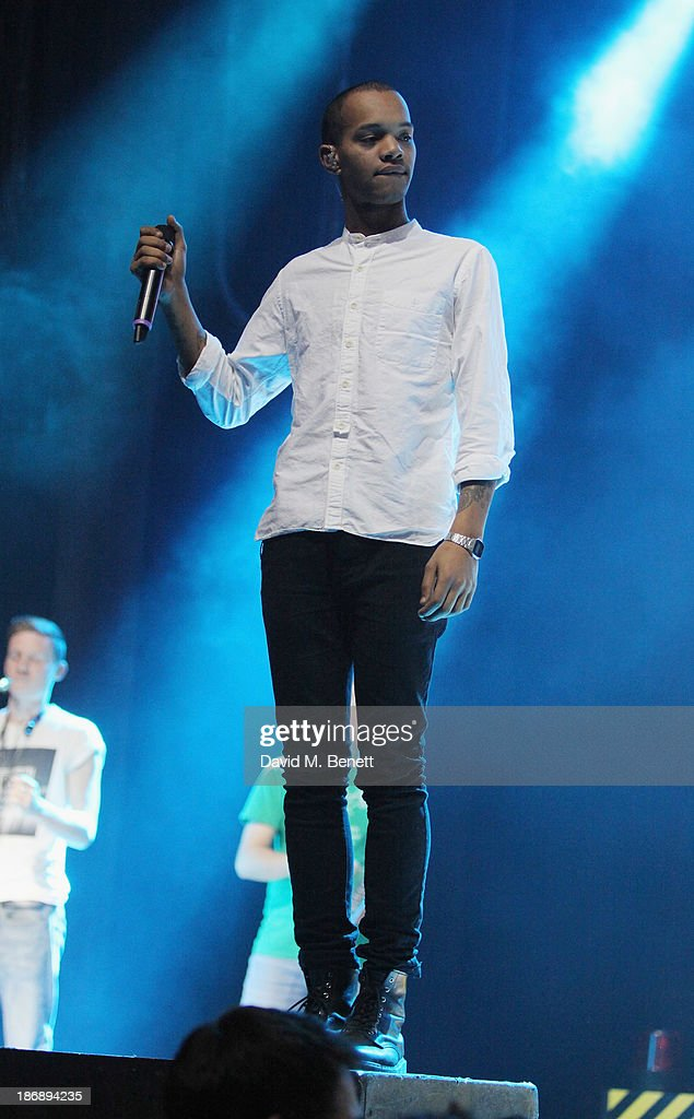 <a gi-track='captionPersonalityLinkClicked' href=/galleries/search?phrase=Harley+Alexander-Sule&family=editorial&specificpeople=7957725 ng-click='$event.stopPropagation()'>Harley Alexander-Sule</a> of Rizzle Kicks performing at the Call of Duty: Ghosts launch event at IndigO2 on November 4, 2013 in London, England. The game launches on Tuesday 5th November 2013 #GhostsLaunch.
