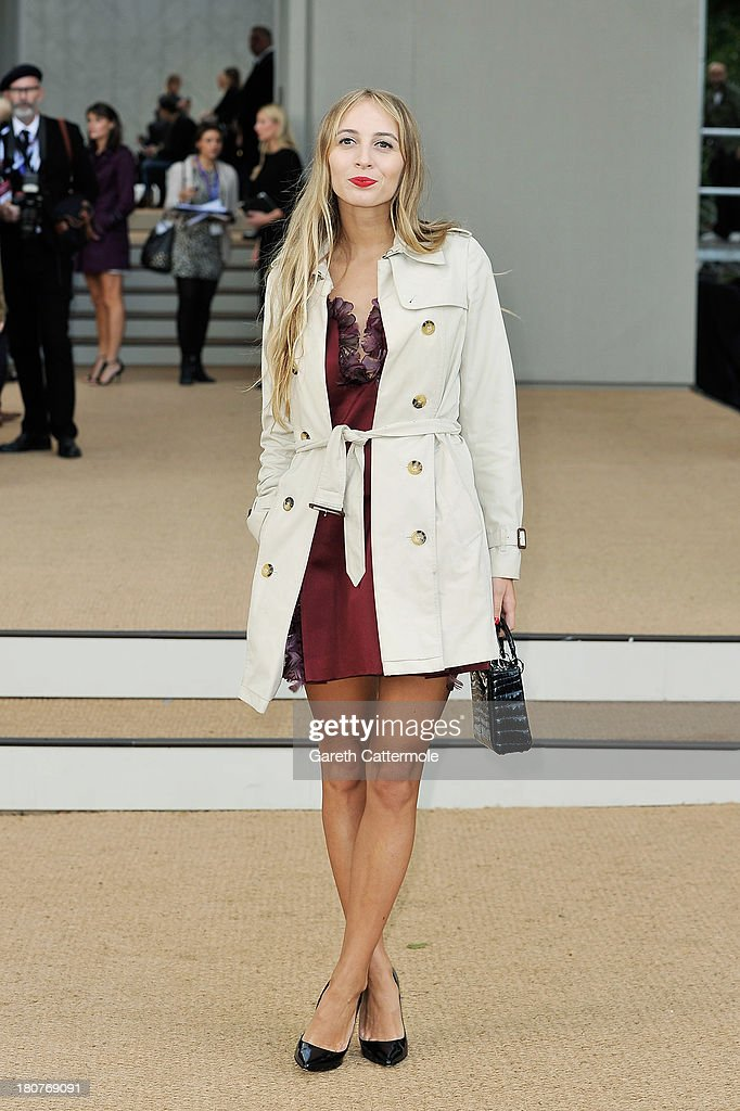 Harley Viera Newton arrives at Burberry Prorsum Womenswear Spring/Summer 2014 show during London Fashion Week at Kensington Gardens on September 16, 2013 in London, England.