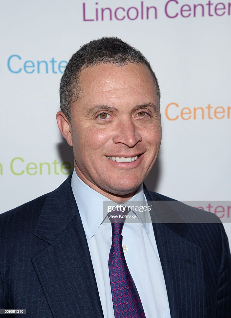 <a gi-track='captionPersonalityLinkClicked' href=/galleries/search?phrase=Harold+Ford+Jr.&family=editorial&specificpeople=3986294 ng-click='$event.stopPropagation()'>Harold Ford Jr.</a> arrives at Lincoln Center's American Songbook Gala Honors Lorne Michaels at Lincoln Center for the Performing Arts on February 11, 2016 in New York City.
