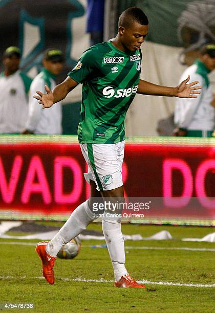 Harold Preciado of Deportivo Cali celebrates after scoring the second goal in the penalties series during a second leg match between Deportivo Cali...