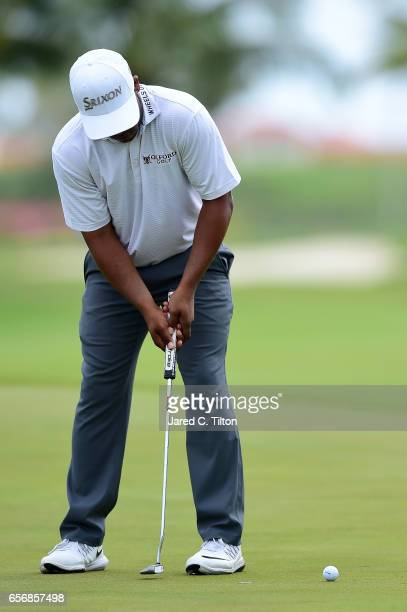 Harold Varner III attempts his birdie putt on the 18th green during the first round of the Puerto Rico Open at Coco Beach on March 23 2017 in Rio...