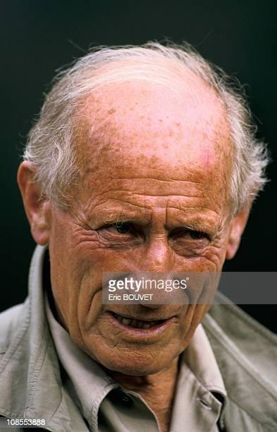 Haroun Tazieff in Cameroon on August 01st 1986