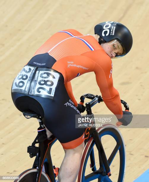 Harrie Lavreysen of the Netherlands wins the silver medal in the 2017 Track Cycling World Championships in Hong Kong on April 15 2017 / AFP PHOTO /...