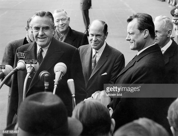 Harriman William Averell *15111891 Diplomat Politician Businessman USA Harriman visits Berlin with the mayor of Berlin Willy Brandt on arrival at...