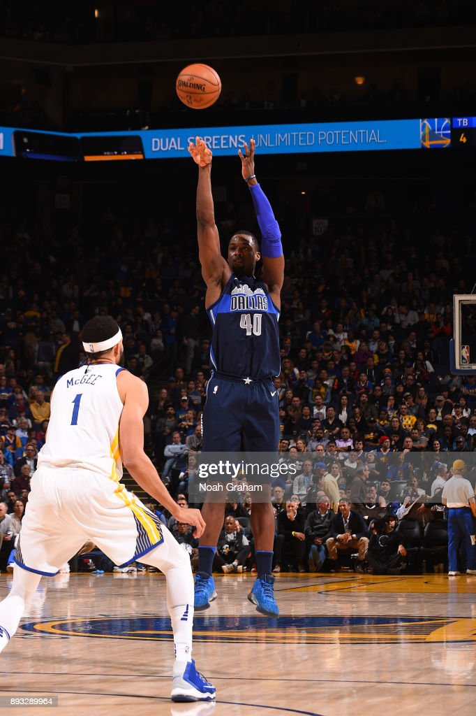 Harrison Barnes #40 of the Dallas Mavericks shoots the ball against the Golden State Warriors on December 14, 2017 at ORACLE Arena in Oakland, California.